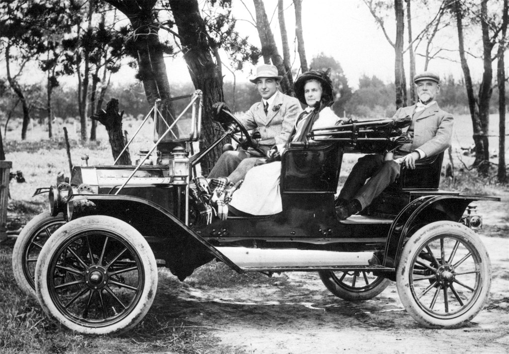 Commercial Roadster1911.jpg.JPG